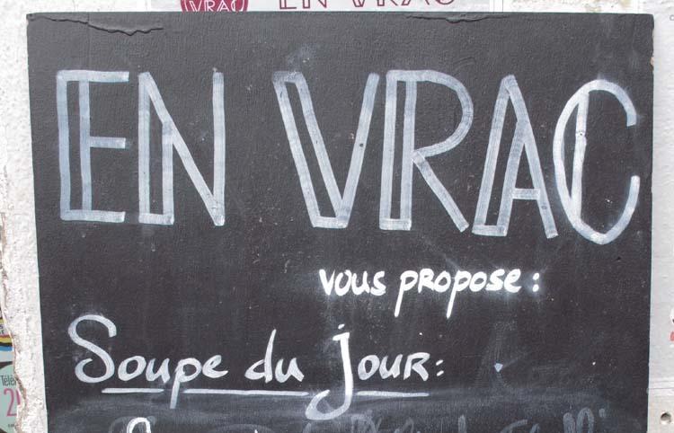1envrac_bulk-wine_paris_chalk-board