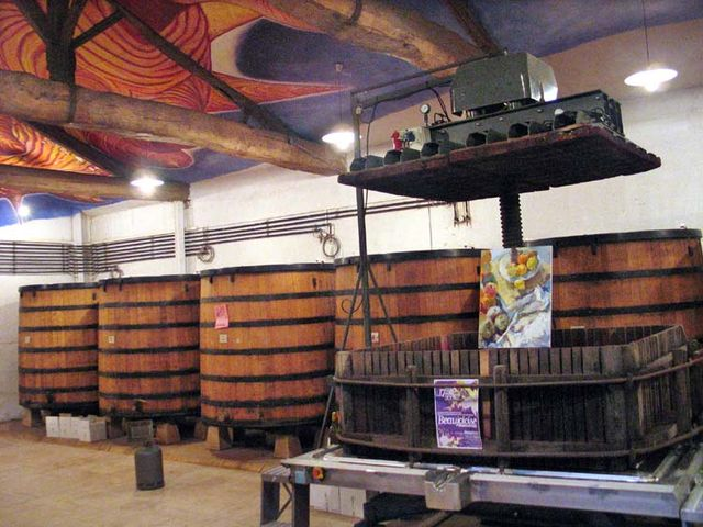 1beaujoloise2006_vatroom_press_fermenters