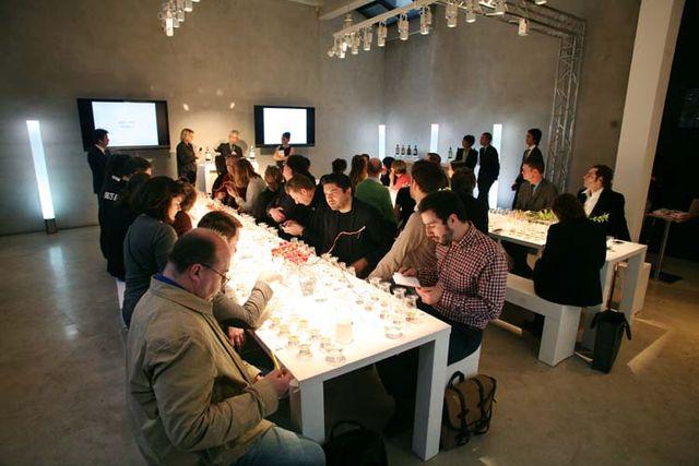 1suntory_reserve_tasting_session_paris2014