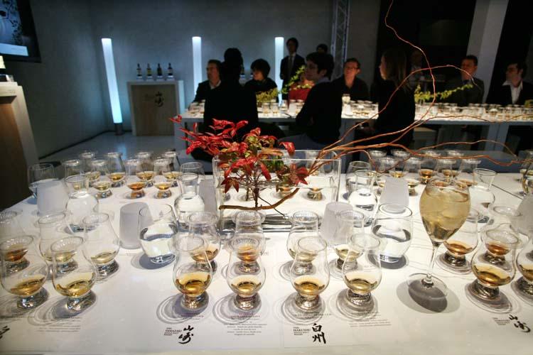 1suntory_reserve_tasting_table
