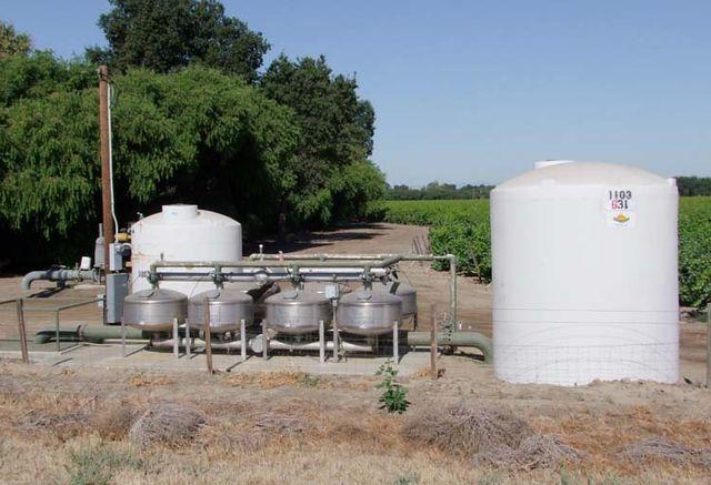 1news_calif_irrigation_system_san_joaquim