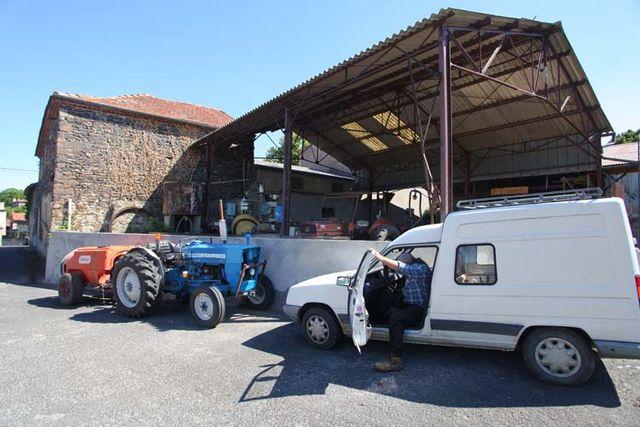 1arbre_blanc_wine_farm_saint-sandoux