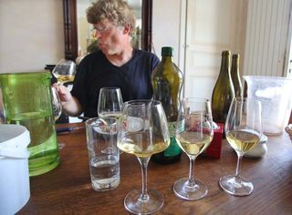 1richard_leroy_tasting_the_chenins