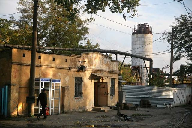 1donetsk_rundown_industrial_suburb