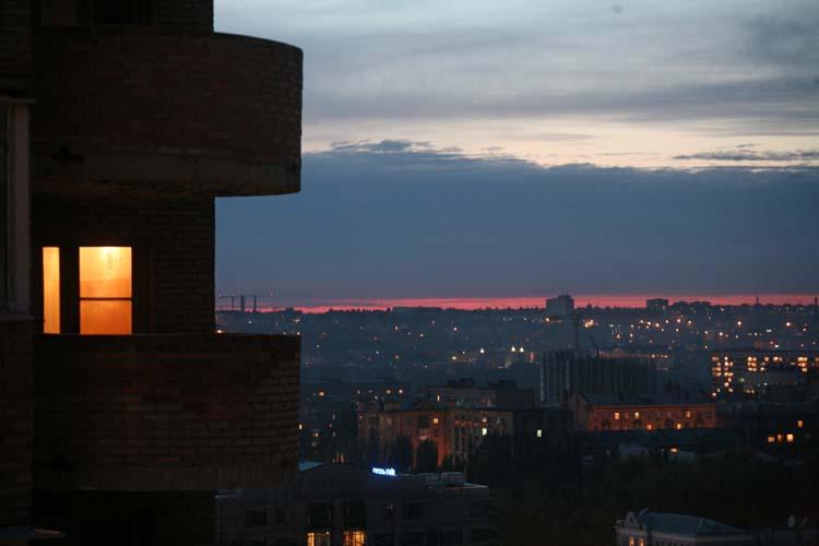 1donetsk_downtown_dusk