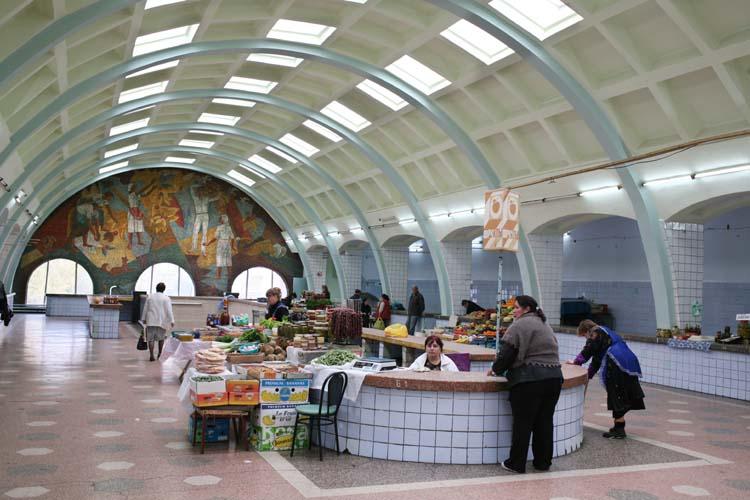 1donetsk_soviet_era_covered_market