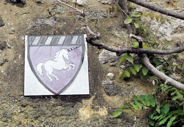 1mark_angeli_unicorn_winery_door