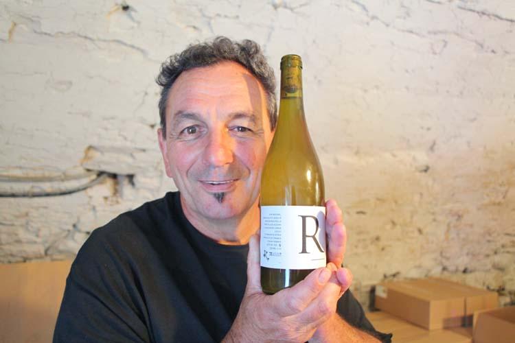 1gilles_azzoni_R_roussanne_table_wine