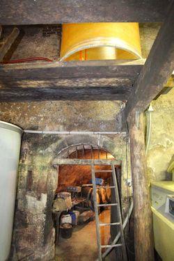 1renaud_guettier_chai_facility_cellar_door