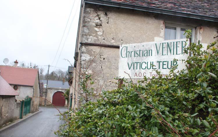 1christian_venier_sign_street