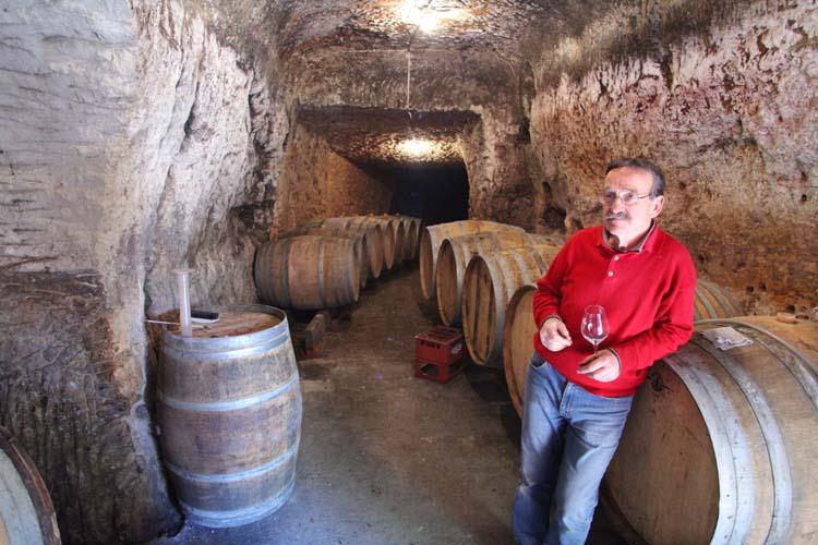 1bernard_baudry_in his cellar