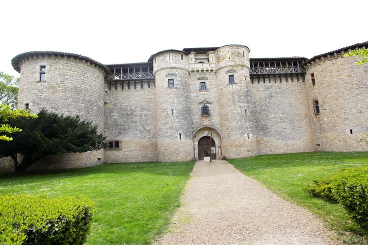 1pplageoles_chateau_entree