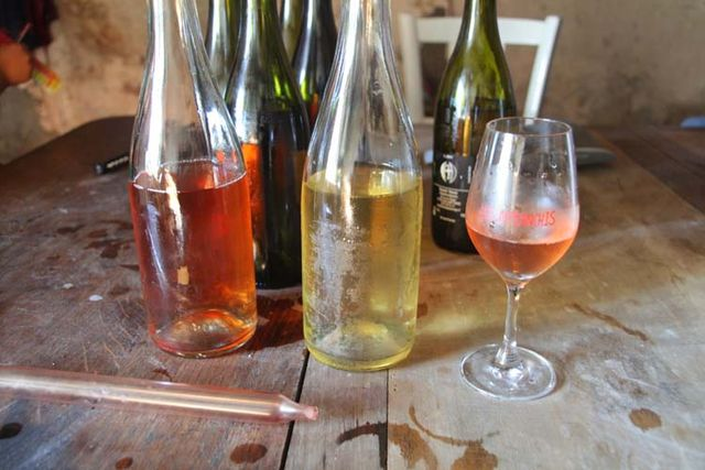 1reynald_heaule_natural_sparkling_bottles_glass