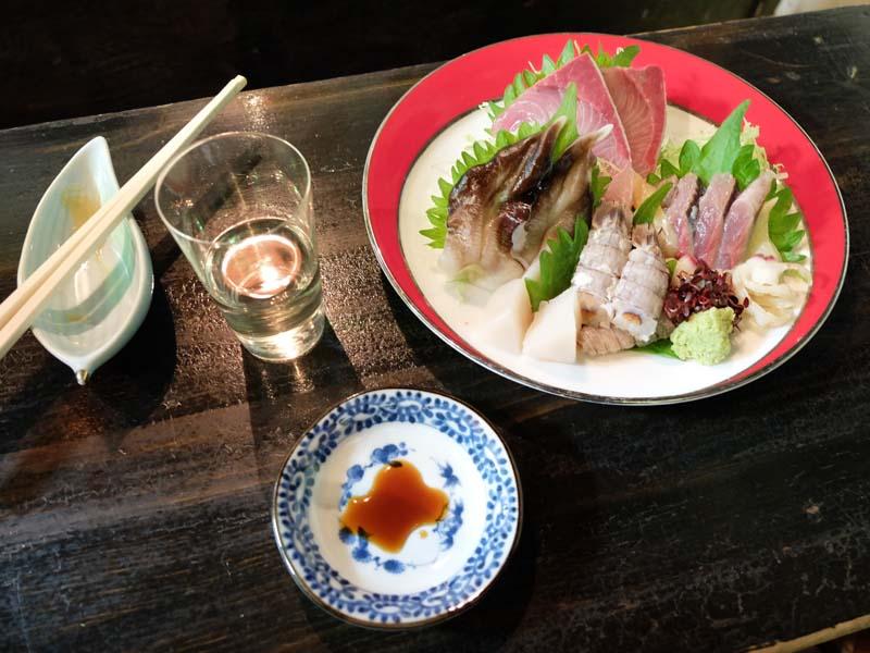 1nimosaku_tateishi_raw_fish