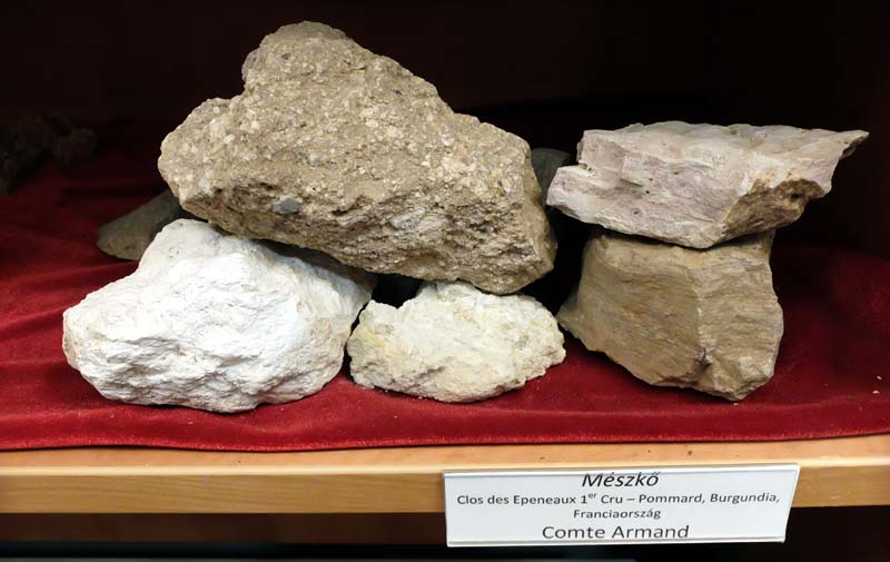 1comte_armand_soil_terroir_samples