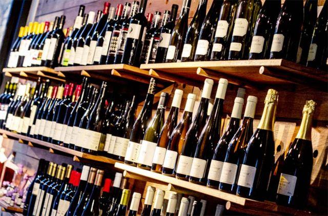 1terminal_market_budapest_natural-wine_shop
