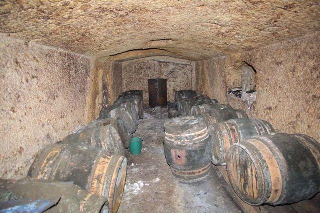 1jjoel_courtault_barrel_cellar