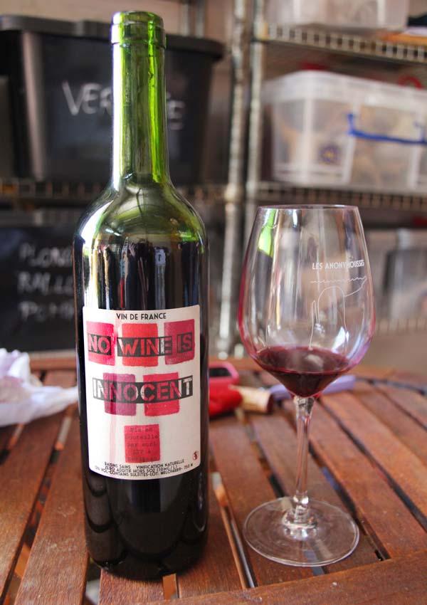 1les_trois_petiotes_no-wine-is-innocent