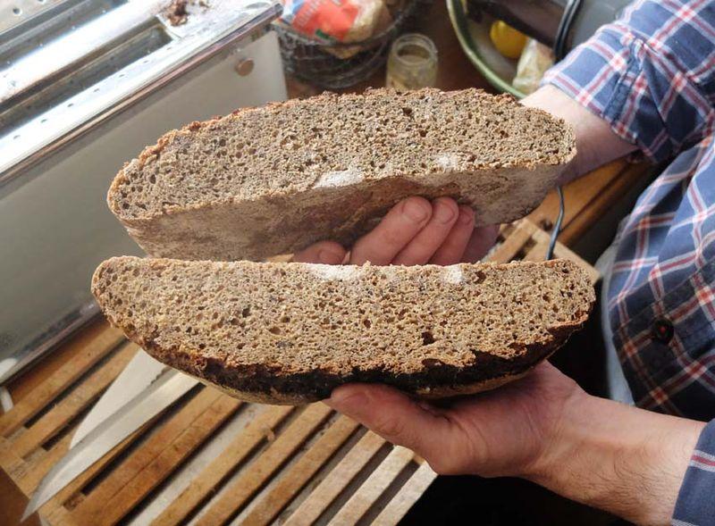 1oronce_de_beler_homemade_bread