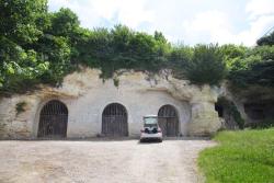 1amboise_cellars_facilities_cliff