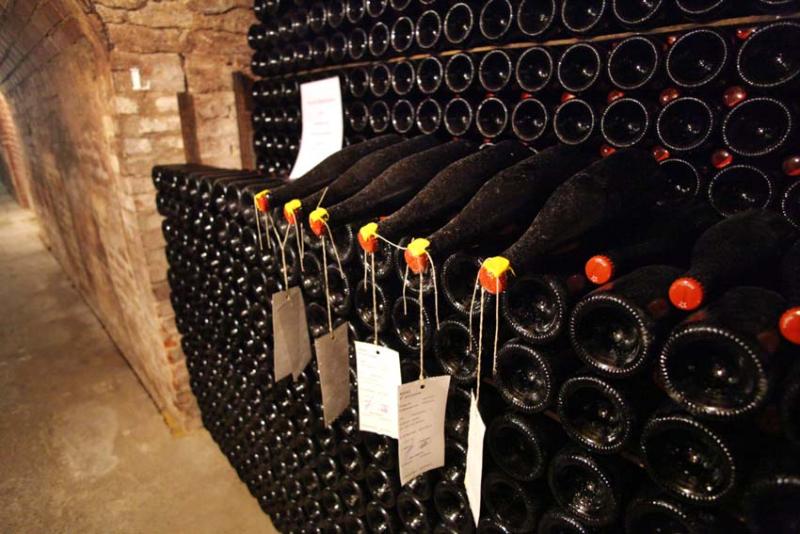 1leclerc-briant_cellar_cramant_sample_bottles