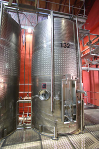 1armenia_wine_factory_vat