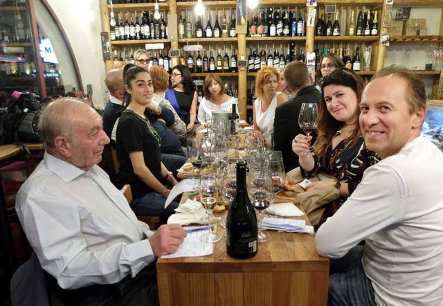 1in_vino_tasting_party