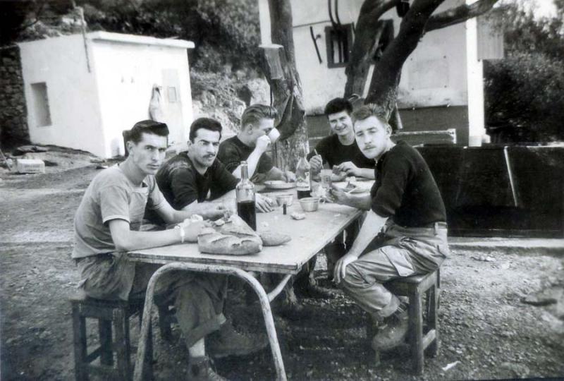 1wine_scenemilitary_est1963