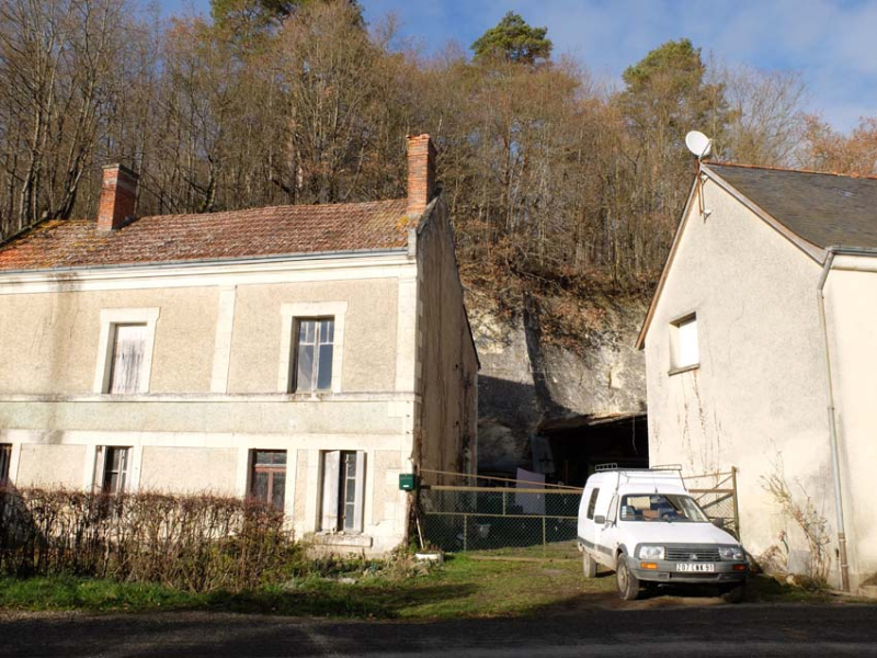 1sylvain_leest_wine_farm_buildings
