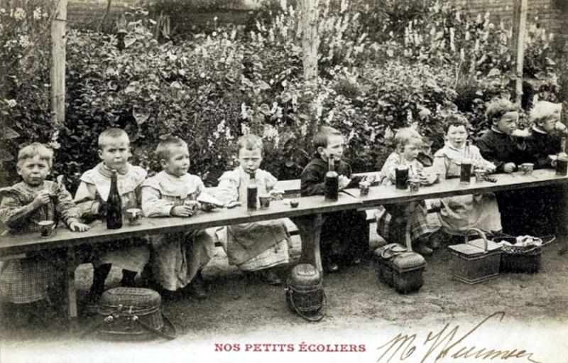 1children_school_lunch1900_wine