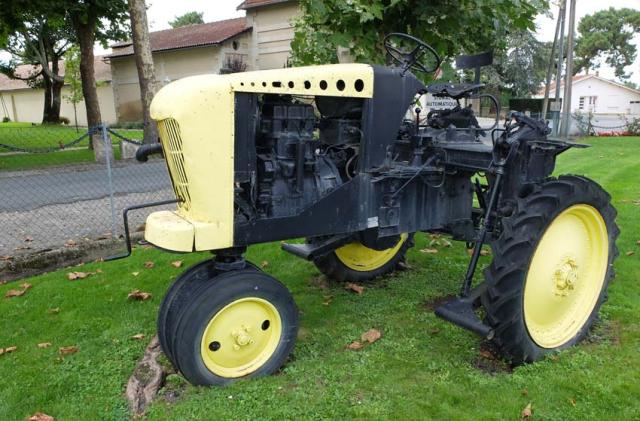 1vintage_brandt_tractor