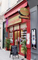 1la_cantine_des_tsars_paris_street