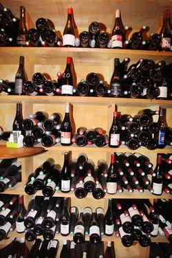 1la_quincave_wine_bottles_shelves