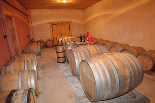 1ruppert-leroy_champagne_barrel_room