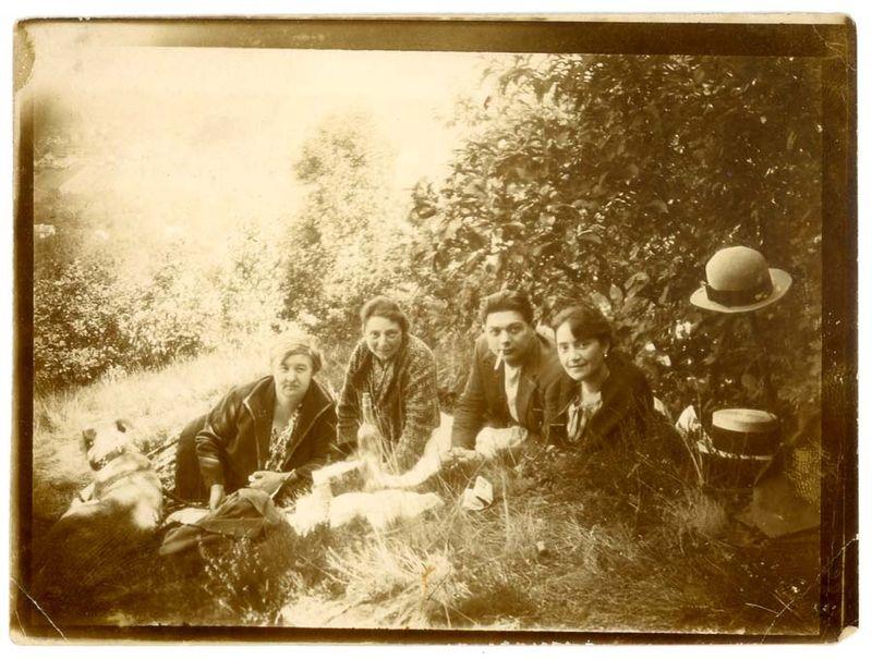 1old_wine_pics_picnic_ca_1922