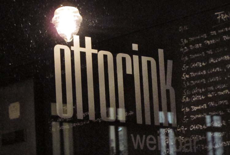 1berlin_Weinbar_ottorink_window_sign