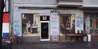 1berlin_murals_mariona_restaurant1