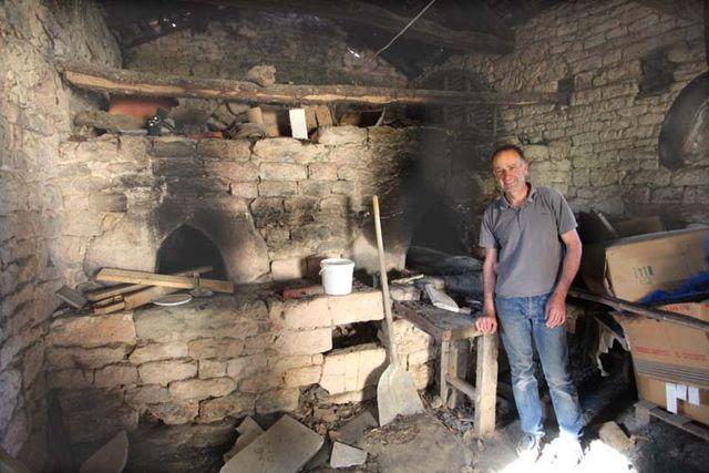 1clos-siguier_montcuq_farm_ancient_bread_oven