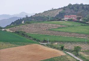 1ardeche_villeneuve_de_berg_hills