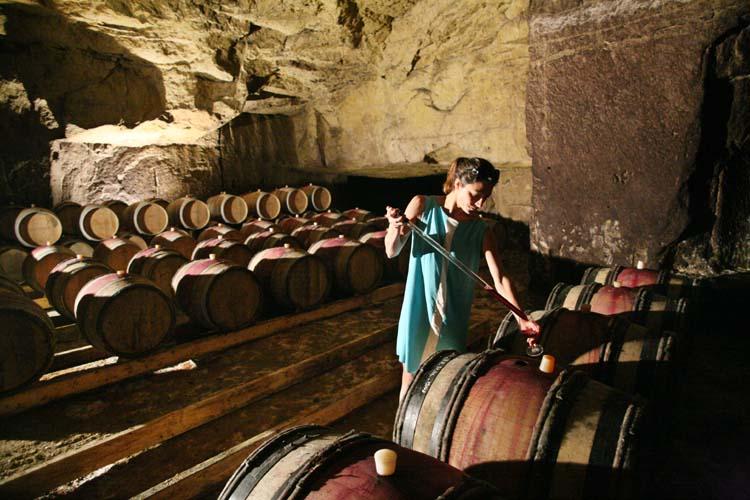 1sebastien_bobinet_emeline_wine_sample_cellar