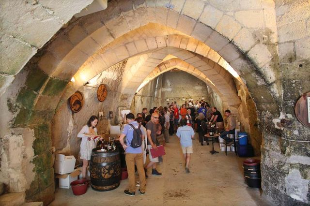 1pet-nat_wine_fair_cellar_rooms