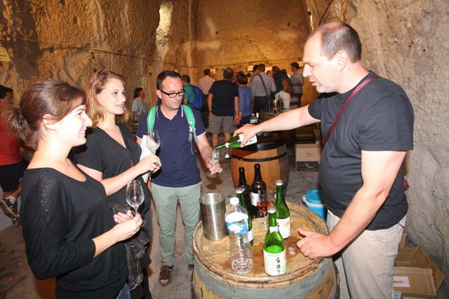 1pet-nat_wine_fair_vincent_utard_sake