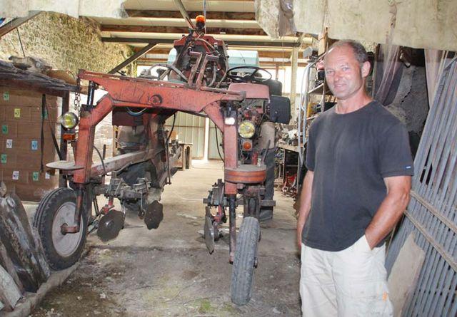 1bruno_allion_straddle_tractor