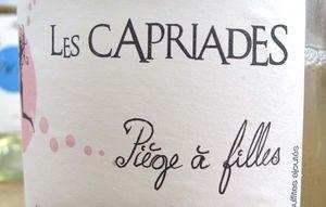 1capriades_piege_a_filles_white