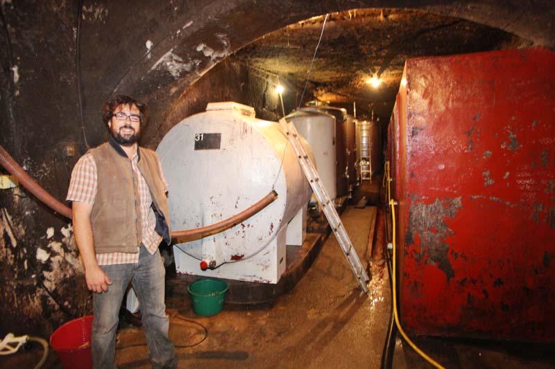 1julien_pineau_clos-roche-blanche_cellar