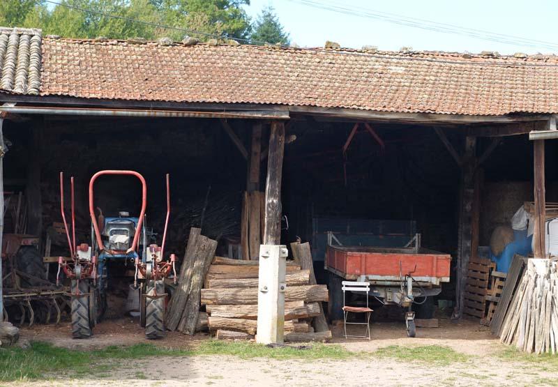 1michel_guignier_vauxrenard_barn_farm_tools