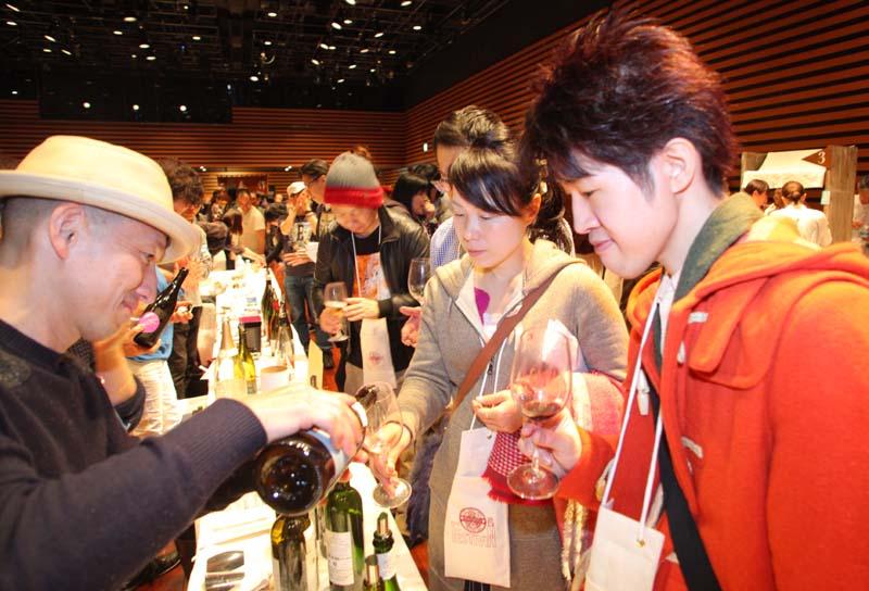 1festivin2015_more wine