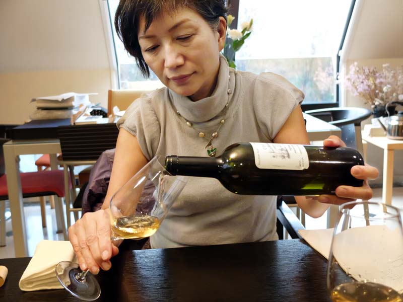1racines_yasuko_goda_georgian_wine