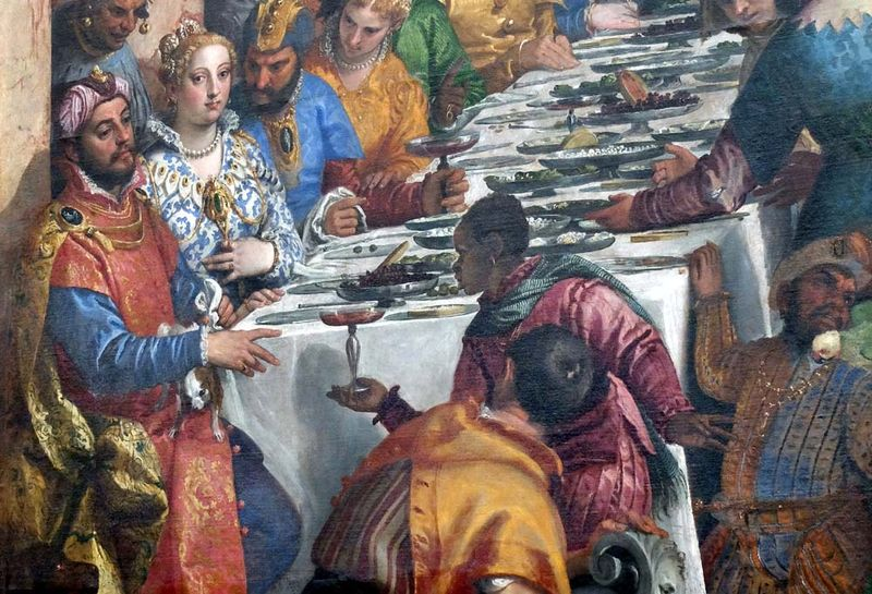 1cana_wine_reaching_tables