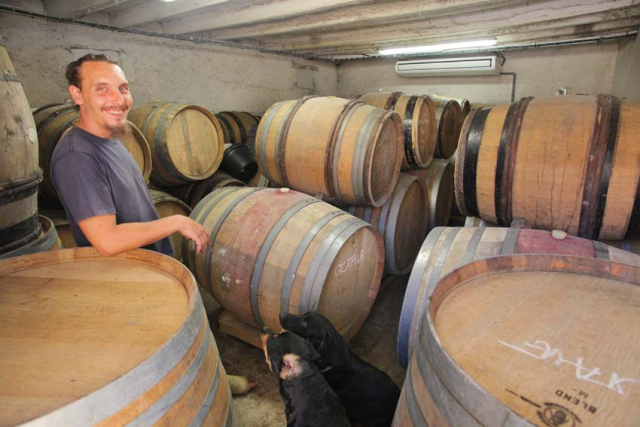 1kevin_henry_in_lemasson_cask_cellar